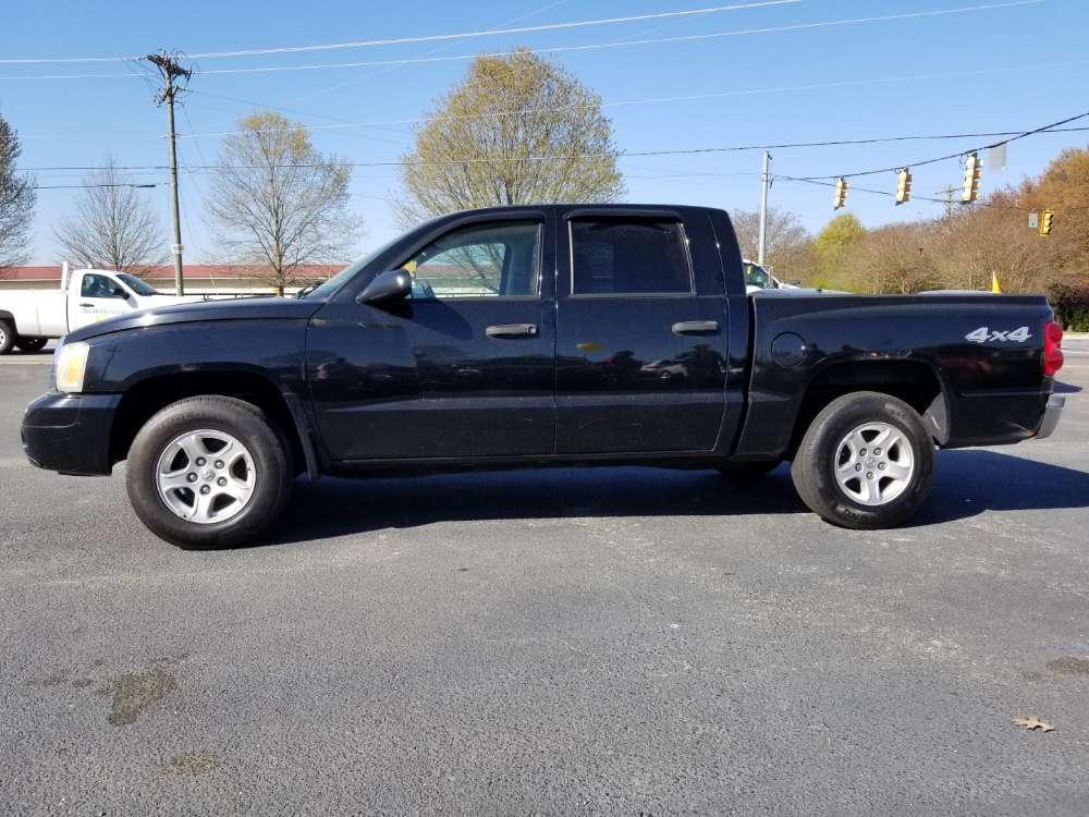 Dodge Dakota 2006 Black