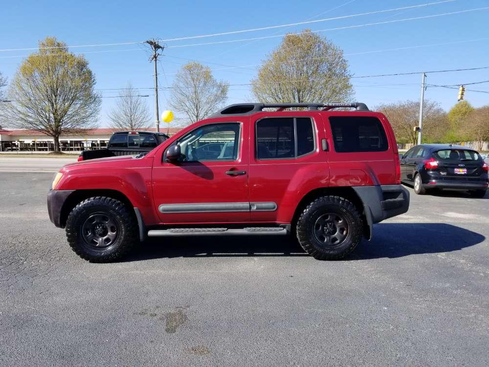 Nissan Xterra 2006 Red